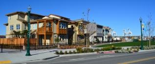 Alameda Landing residential
